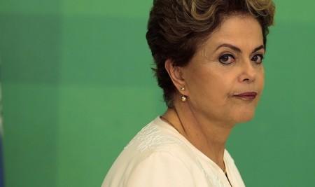 Com base em delação de Delcídio, ministro do TCU pede que Dilma seja incluída em processo de Pasadena